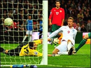 جانب من مباراة المنتخب الانجليزي