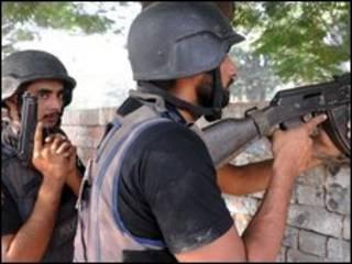 Pakistan askerleri
