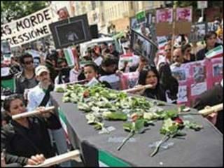 تظاهرات مخالفان ایرانی در آلمان - عکس آرشیوی
