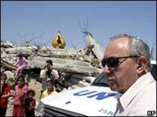 Richard Goldstone durante visita à Faixa de Gaza em junho de 2009