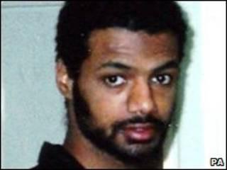بنيام محمد المعتقل السابق في جوانتانامو