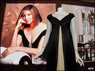 Foto y vestido de Barbra Streisand
