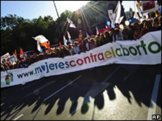 मद्रिद में गर्भपात-विरोधी प्रदर्शन