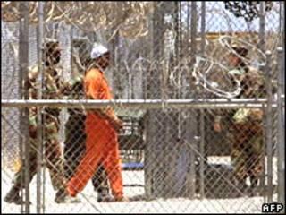 關塔納摩監獄