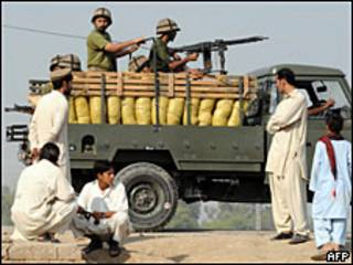 Ejército pakistaní en Waziristán.