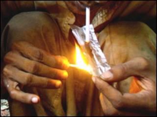 مصرف مواد مخدر