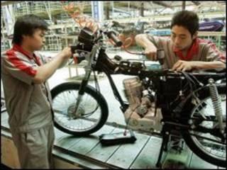 चीन में एक फ़ैक्टरी