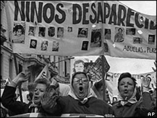 Madres de Plaza de Mayo, (foto archivo)