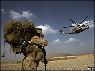 Soldado estadounidense en Afganistán (imagen de archivo)