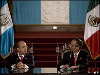 Presidente Felipe Calderón de Mexico y Alvaro Colom de Guatemala.