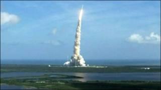 پرتاب آزمایشی نخستین نمونه موشک آرس ۱