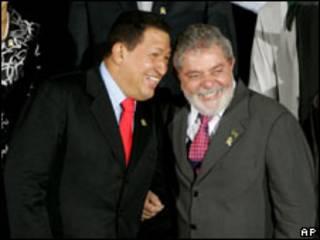 Os presidentes Hugo Chávez e Luiz Inácio Lula da Silva (foto de arquivo)