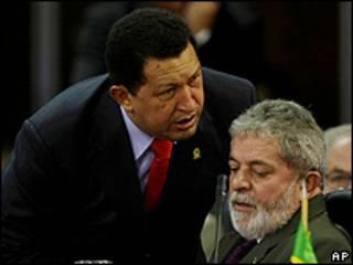 Presidente de Venezuela Hugo Chávez (izquierda) y de Brasil, Luis Inacio Lula da Silva