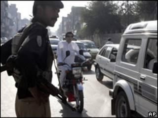 Control de seguridad en Pakistán