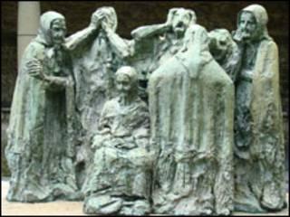 Escultura em homenagem às carpideiras da Espanha (Foto: Arquidiocese de Luanco, Asturias)