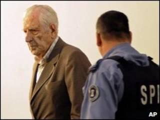 رنالدو بنیونه، آخرین رهبر حکومت نظامی آرژانتین