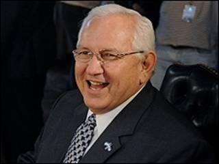 O líder interino de Honduras, Roberto Micheletti