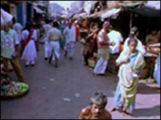 Cena de rua em Calcutá, Índia   Copyright: BBC