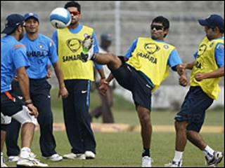 अभ्यास करती भारतीय टीम ( फाइल फोटो)