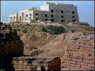 Un palacio de Saddam Hussein