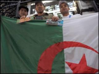 مشجعون جزائريون
