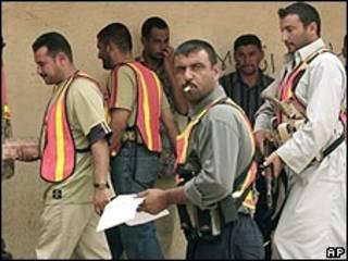 اعضای یکی از شوراهای بیداری عراق