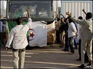 وصول منتخب الجزائر إلى الخرطوم