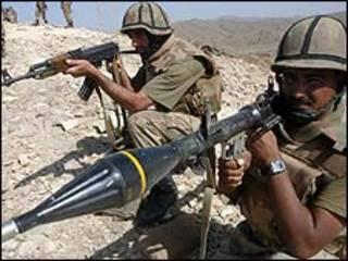 سربازان پاکستانی در وزیرستان