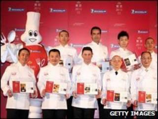 Os chefs de restaurantes de Tóquio que alcançaram a cotação máxima do Guia Michelin