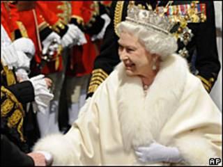 Reina de Inglaterra.