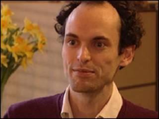 牛津大学伦理学博士托比·奥德相信他的捐款能够改善一些人的生活