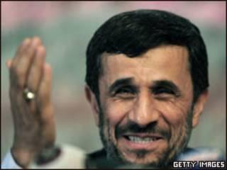 O presidente do Irã, Mahmoud Ahmadinejad (foto de arquivo)