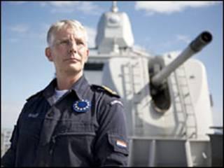قائد القوات الاوروبية لمكافحة القرصنة بيتر بينت