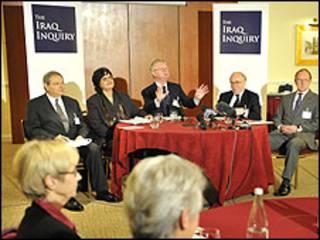 громадські слухання у справі війни в Іраку