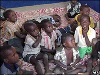 Niños en un orfanato en Chad.