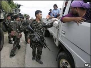 Policiais nas Filipinas