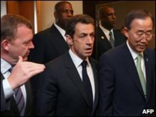 Tổng thống Sarkozy và TTK LHQ Ban Ki Moon tại hội nghị Khối thịnh vượng Anh