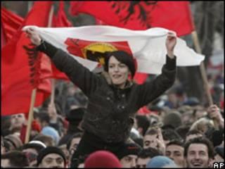 Демонстрация в Приштине по случаю Дня независимости Косова