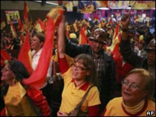 Partidarios de Manfred Reyes, el principal rival de Evo Morales