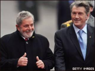 Os presidentes Luiz Inácio Lula da Silva e Victor Yushchenko em Kiev