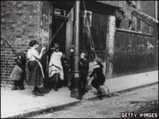 维多利亚时代伦敦的贫民区