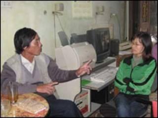 Cô Phạm Thanh Nghiên và nhà văn Trần Đức Thạch