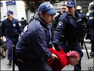 Enferentamientos en Atenas