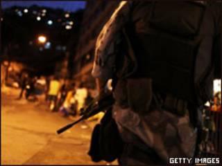 Policial no Rio (foto de arquivo)