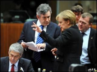 Gordon Brown dan Angela Merkel