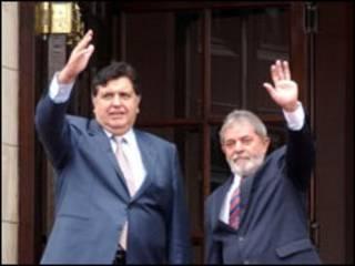 O presidente do Peru, Alan Garcia e do Brasil, Luiz Inácio Lula da Silva em Lima (11/12/2009). Foto Fábio Rodrigues Pozzebom/Abr