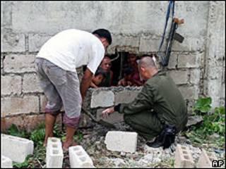 Guardia en la prisión de Bsilan