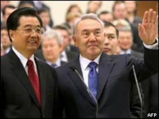 نورسلطان نظربایف و هو جینتائو