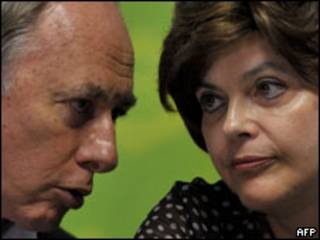 Os minsitros Carlos Minc e Dilma Rousseff
