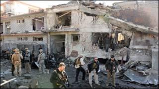 افغانستان کې د يوې مخکېنۍ چاودنې عکس ګورﺉ